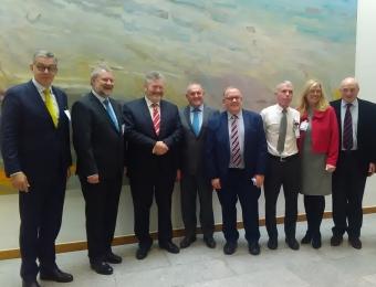 L to R: Harald Felzen, Niclaus Bergmann, Senator James Reilly, John McGuinness TD, Seamus Boland, Noel Kinahan, Sinead Dooley, Senator Paddy Burke.
